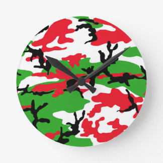 Christmas Camouflage Round Clock