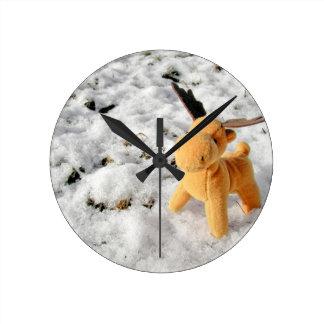 Christmas card Deer in snow Round Clock