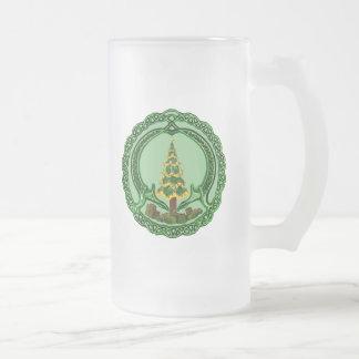 Christmas Claddagh 16 Oz Frosted Glass Beer Mug