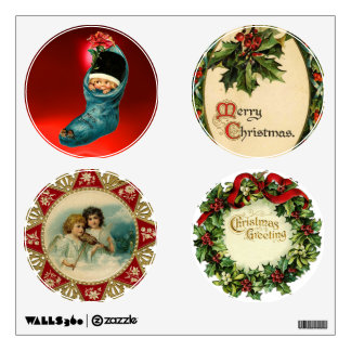 CHRISTMAS CROWN WITH MISTLETOES AND HOLLY BERRIES ROOM GRAPHIC