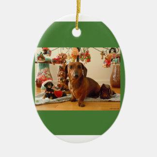 Christmas Dachshund (Ver.1) Ornament-Ceramic Oval Ceramic Ornament