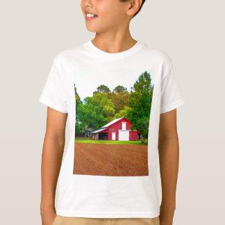 christmas mom barn pic.jpg T-Shirt