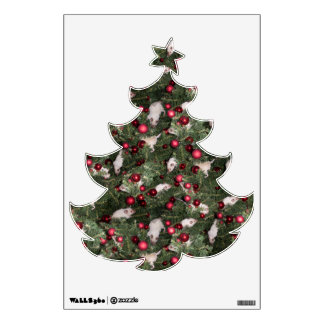 Christmas Mouse: Christmas Tree Wall Decal