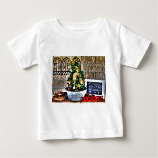 CHRISTMAS ORNAMENT AUSTRALIA TEE SHIRT