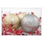 Christmas Ornaments Sparkle Placemat