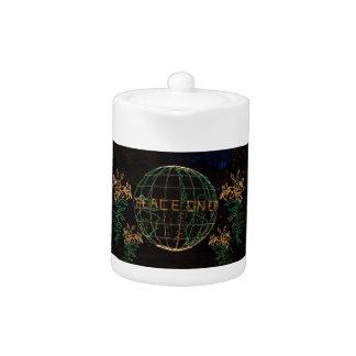 Christmas Peace on Earth 1 Teapot