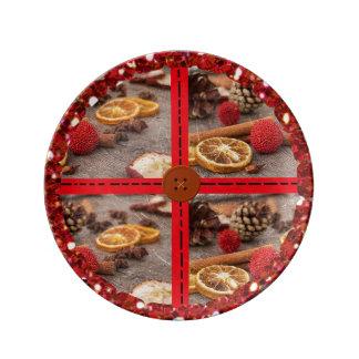 Christmas Potpourri Decorative Plate