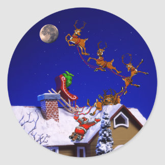 Christmas - Santa crashed on the rooftop Classic Round Sticker
