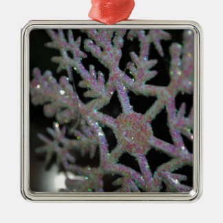 CHRISTMAS SNOWFLAKE METAL ORNAMENT
