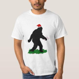 Christmas Squatchin' T Shirt