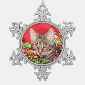 Christmas tabby cat snowflake pewter christmas ornament