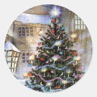 Christmas tree on street round sticker