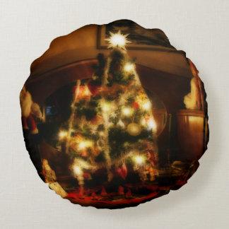 Christmas Tree Round Pillow