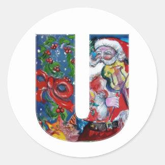 CHRISTMAS U LETTER  / SANTA WITH VIOLIN MONOGRAM CLASSIC ROUND STICKER
