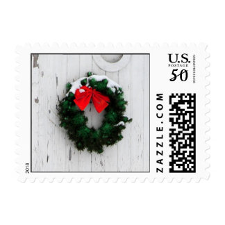 Christmas wreath, distressed barn Postage - Square