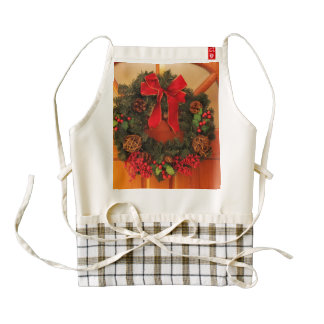 Christmas Wreaths Zazzle HEART Apron