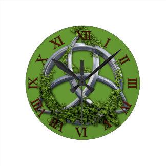 Chrome Celtic Trinity Knot Wallclock