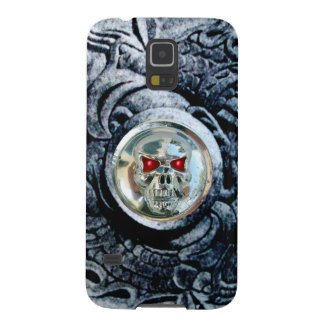 CHROME SKULL WITH FANTASY GRIFFINS GALAXY S5 COVERS