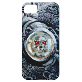 CHROME SKULL WITH FANTASY GRIFFINS iPhone SE/5/5s CASE