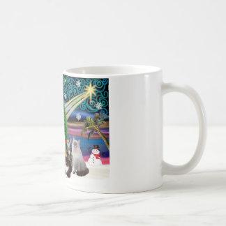 Chrstmas Magic - Six cats (variety) Mugs