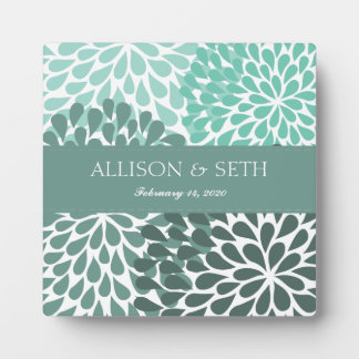 Chrysanthemum (Beryl Green) Personalized Plaque