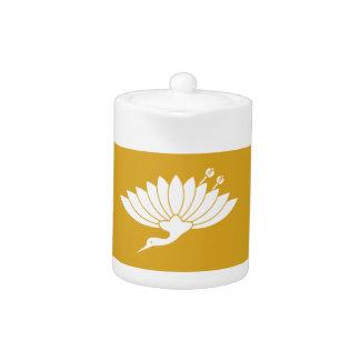 Chrysanthemum crane teapot