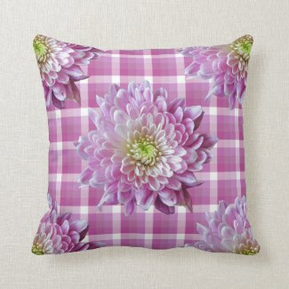 chrysanthemum plaid Throw Pillow