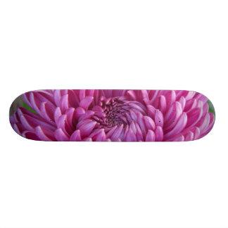 Chrysanthemum skateboard