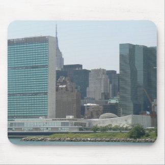 Chrysler Bldg.-New York City, UN-New York City Mouse Pad