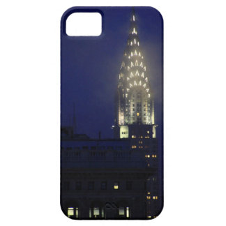 Chrysler Building Lit up at Dusk in the Mist iPhone SE/5/5s Case