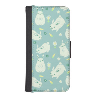 Chubby Bunny Pattern iPhone SE/5/5s Wallet