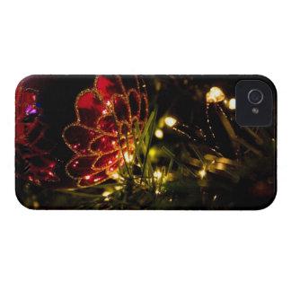 Chuchería del navidad con las luces de hadas iPhone 4 Case-Mate protector