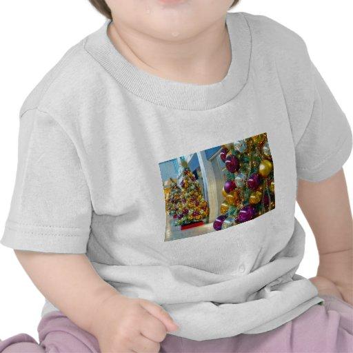 Chucherías, oro y púrpura del navidad camisetas