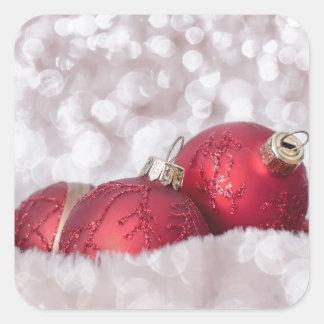 Chucherías rojas del navidad calcomanías cuadradass personalizadas