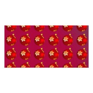 Chucherías rojas del navidad tarjeta fotográfica personalizada