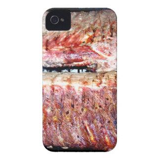 Chuletas de cerdo del cerdo en la parrilla iPhone 4 protectores