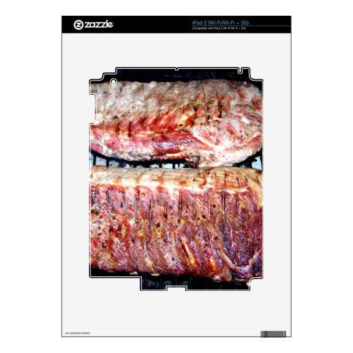 Chuletas de cerdo del cerdo en la parrilla iPad 2 skin