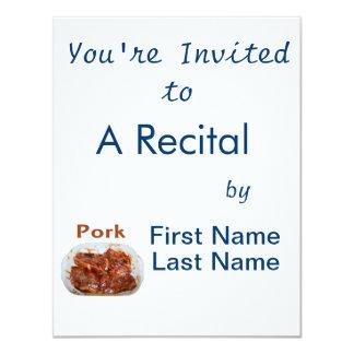 Chuletas de cerdo en el plato blanco, CERDO del Invitaciones Personalizada