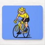 Ciclista - completando un ciclo alfombrillas de raton