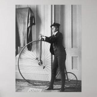 Ciclista Cruz-Vestido, 1890s Póster