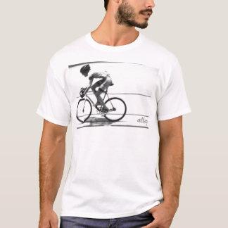 Ciclista de la pista playera