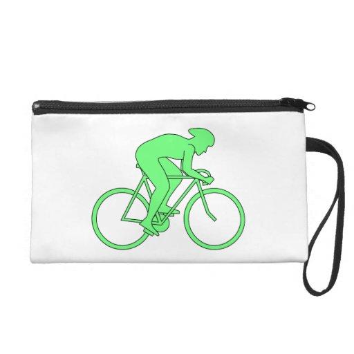 Ciclista en verde