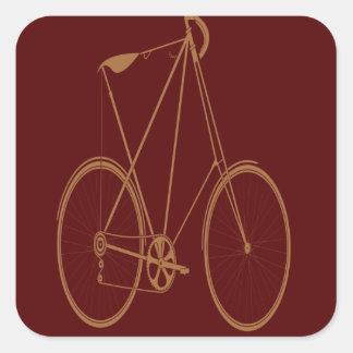 Ciclista rojo de la bici del moreno de la calcomanías cuadradass