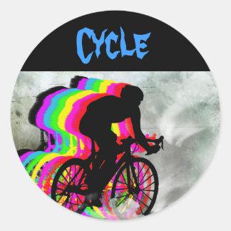 Ciclo en las nubes pegatina redonda