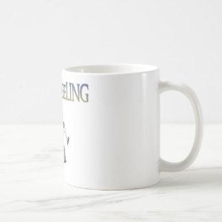 Ciclo que anda sin embragar taza de café