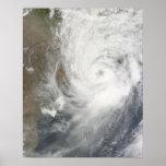 Ciclón tropical Aila Póster