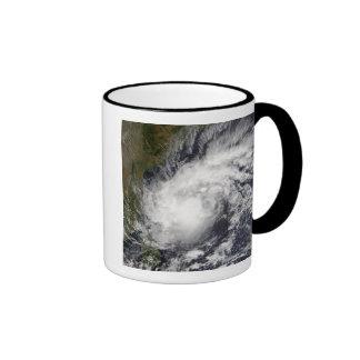 Ciclón tropical Baaz Taza De Dos Colores