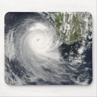 Ciclón tropical Favio de Madagascar Alfombrilla De Ratones