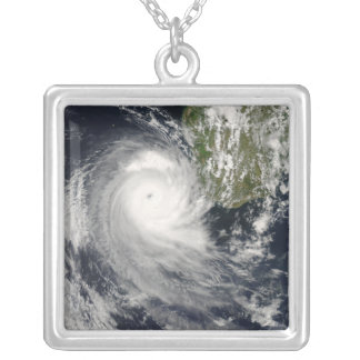 Ciclón tropical Favio de Madagascar Colgante Cuadrado