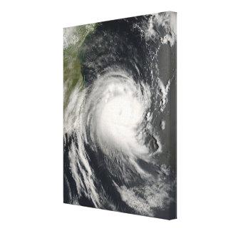 Ciclón tropical Favio que se acerca a Mozambique Lienzo Envuelto Para Galerias